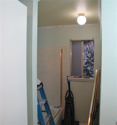 how to choose the ceiling color for your diy painting project