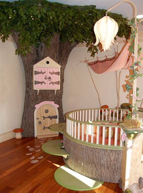room theme 15 disney inspired rooms that will make you want to redo your kid s bedroom thethings