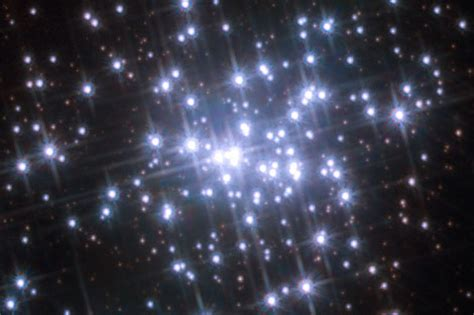 imagenes con movimiento estrellas el telescopio hubble capta estrellas en movimiento