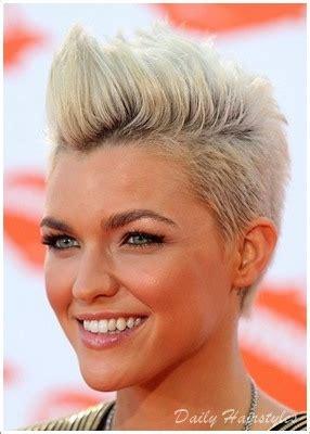 elegant pompadour hairstyles  women daily