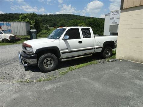 how cars engines work 2002 chevrolet silverado 3500 parental controls purchase used 2002 2500hd ls chevy silverado 4x4 50 000 0n rebuilt motor great work truck in