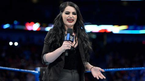 paige news why paige wasn t on smackdown live this week roman reigns