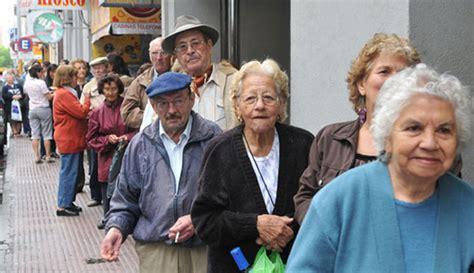 proximo aumento jubilacion y pension 2016 el gobierno otorgar 225 un aumento extra para jubilaciones y