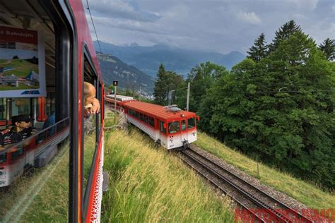 treno a cremagliera svizzera viaggi in moto in svizzera con il maxi scooter bmw c 650