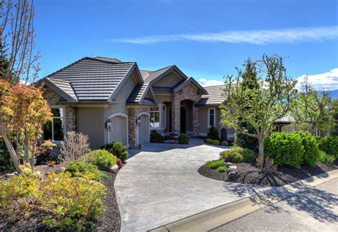 kelowna homes for sale 2 000 000 hoffman