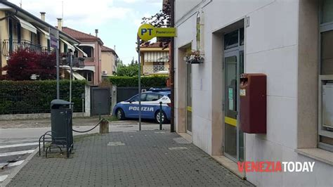 ufficio postale marcon rapina armata all ufficio postale di catene marghera