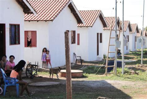 casa ladario p 233 rola news lad 225 entrega mais 12 casas para moradores