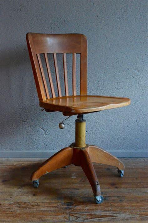 chaise bureau architecte chaise d atelier madeleine l atelier lurette
