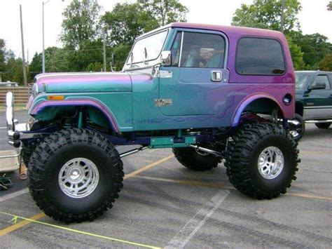 cool pink jeep crazy jeep somethin bout a truck pinterest