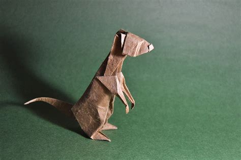 Origami Meerkat - 15 origami animals by artist gonzalo