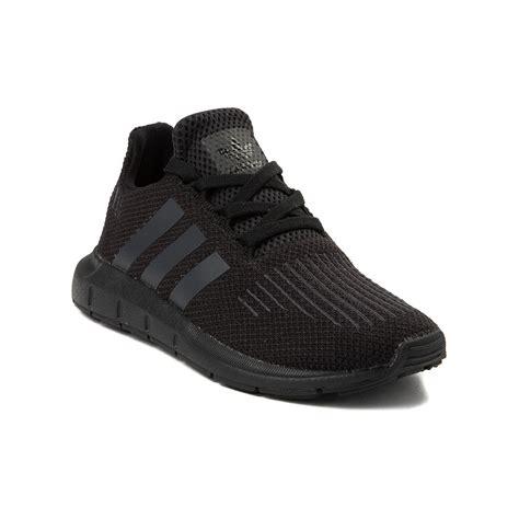 youth adidas swift run athletic shoe black