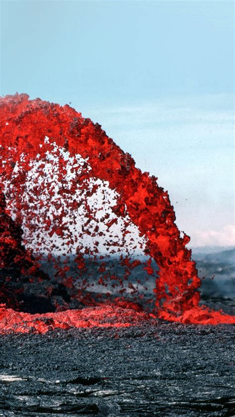 papersco iphone wallpaper nh lava volcanic magma red nature fire danger mountain