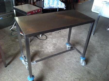 table inox sur roulettes en l800 x p600 x h850 224 220