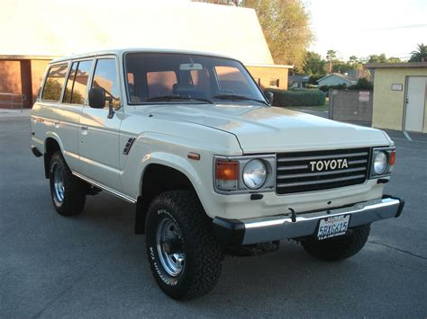 toyota california 1984 toyota land cruiser fj60 62 40 80 tlc restored 5speed