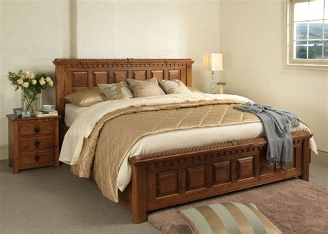 Traditional Wooden Bed   Country Kerry
