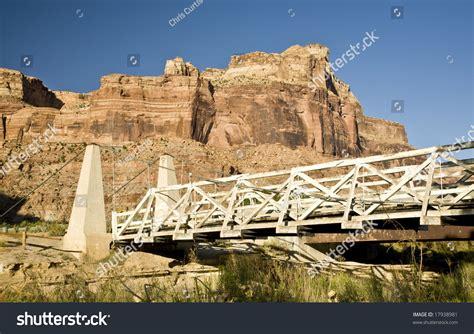 swinging bridge utah historic swinging bridge on the river in southern utah s