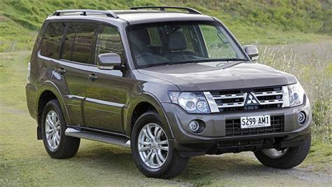 mitsubishi pajero vrx review car reviews carsguide