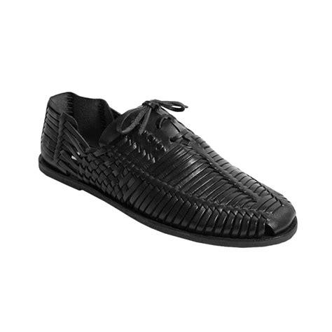 black huarache sandals steve madden reston huarache sandals in black for lyst