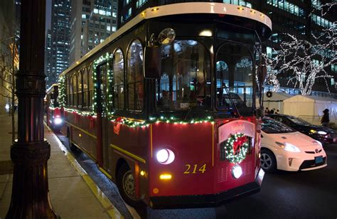 chicago holiday lights tour holiday lights trolley