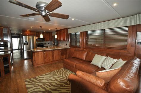 house boat interiors houseboat interior www imgkid com the image kid has it