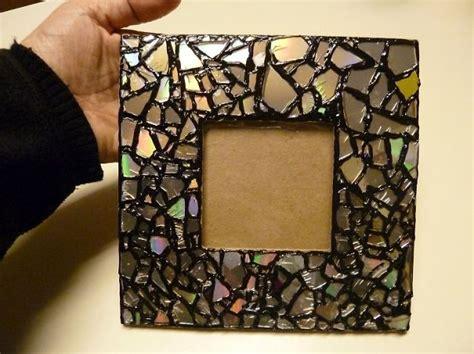 Como Hacer Un Espejo Con Marco De Madera #5: AD-Recycled-DIY-Old-CD-Crafts-22.jpg