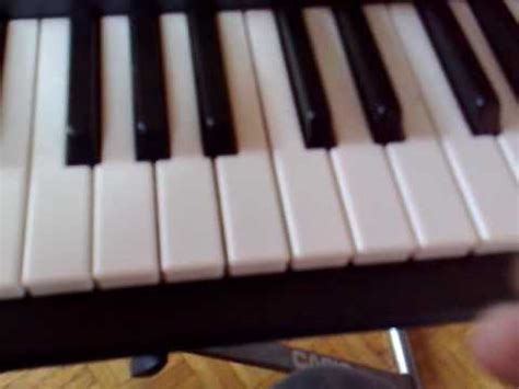 tutorial piano debutant musique tres tres simple piano debutant techno tres connu