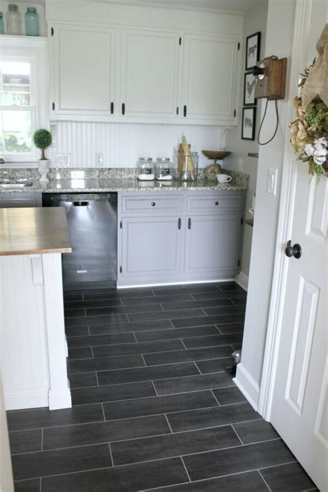 DIY Flooring: How we changed our kitchen in 3 days for