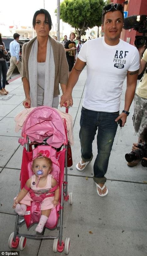 Avril Jordon And Andre Wearing Pink by Shouldn T Sick Baby Princess Ti 225 Amii Be Tucked Up In Bed