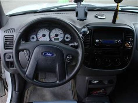 electric and cars manual 2002 ford escape interior lighting 2001 ford escape photos 2 0 gasoline manual for sale