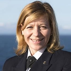 silversea cruises president silversea cruises appoints its first female captain ittn