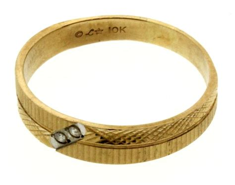 3 gram 10kt gold ring property room