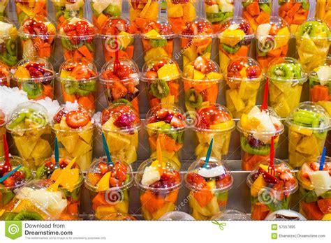 Fruit Bowls by Ensaladas De Fruta Para La Venta Imagen De Archivo