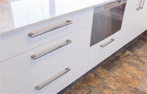 kitchen cabinet hardware australia kitchen cabinet handles australia kitchen cabinet