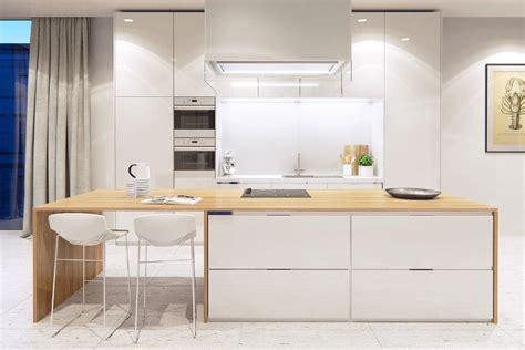 cuisine bois et blanche cuisine bois et blanc moderne 25 id 233 es d am 233 nagement