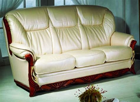 how to clean leather recliner chair how to clean a leather sofa how to clean paint from