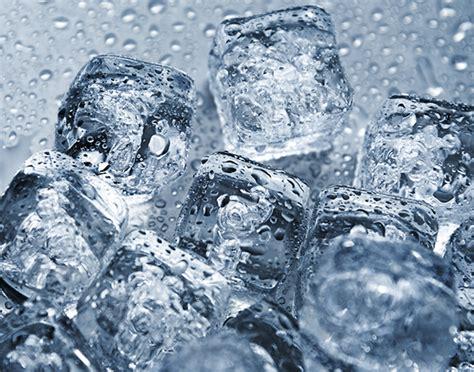 sangue dal sedere sangue dal naso il ghiaccio aiuta a bloccarlo vero o