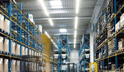 Beleuchtung Lagerhalle by Industriehallen Lagerhallen Hallenbeleuchtung Trilux