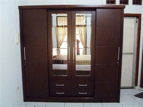 Lemari Kayu Pintu Kaca lemari kayu dan kaca model minimalis pintu sliding mitra mebel jepara mebel jepara