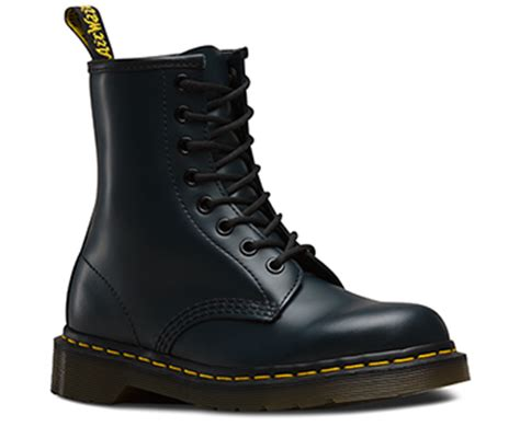 mens doc martin boots s boots shoes official dr martens store