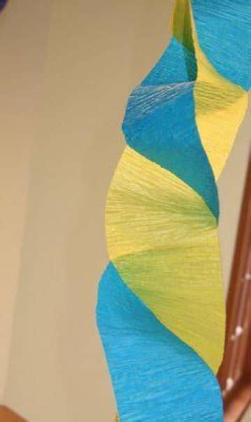imagenes de cadenas de papel crepe como hacer cadenetas o cadenas de papel crepe para fiestas