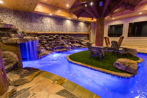 Cabins In Pigeon Forge Tn With Indoor Pool by Pigeon Forge Cabin Eagle River Lodge