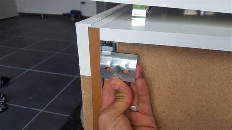 comment fixer un meuble haut de cuisine dans du placo comment fixer un meuble haut de cuisine dans du placo