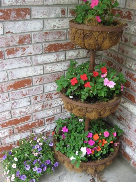 Tiered Flower Planters by This Tiered Planter Home And Garden 101