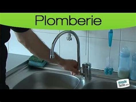 Débit D Eau D Un Robinet by Rona Comment Installer Ou Remplacer Un Robinet Sur Un