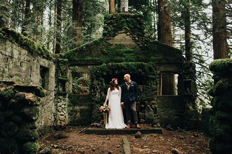 small wedding photos small wedding portland elopement photos