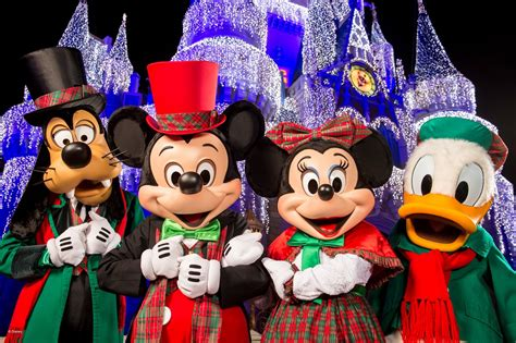 pixie dust required 2017 mickey s very merry christmas