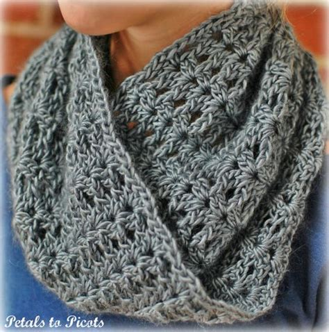 mobius cowl free knitting pattern crochet pattern mobius infinity cowl scarf includes