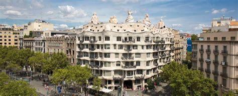 casa de la pedrera casa mila official website la pedrera gaudi barcelona