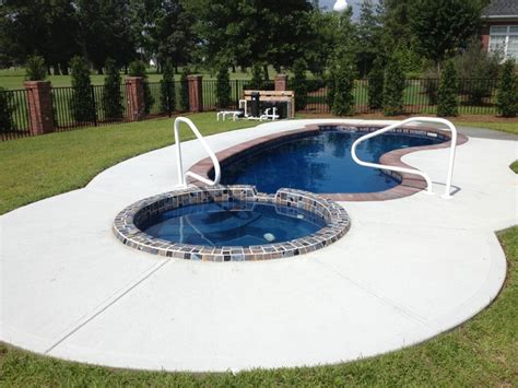 pool spa pool spa combo traditional pool raleigh by parrot