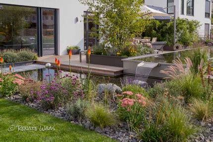 Moderne Gärten Bilder by Moderner Garten Moderne Bepflanzung Und Wasserbecken